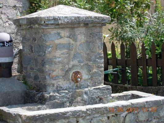 La fontaine du Colu.