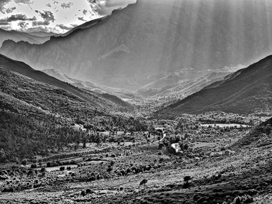 La vallée du Tavignani, vue d'Altiani.