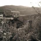 Le pont, la chapelle San Ghjuvanni, derrière la maison moniale.