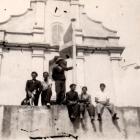 Jeunes gens dans les années 30.